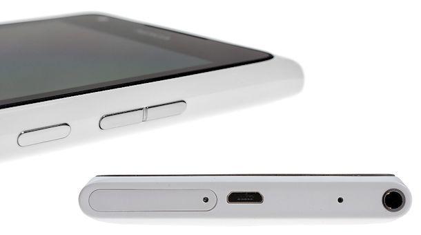 Nokia Lumia 900 - Angles