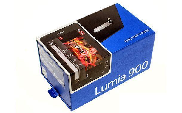 Nokia Lumia 900 - Box