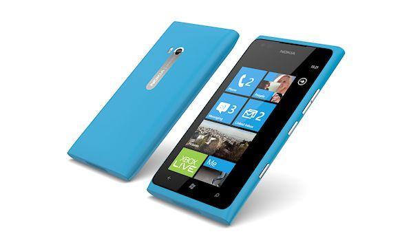 Nokia Lumia 900 - Build