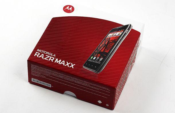 RAZR MAXX - Box