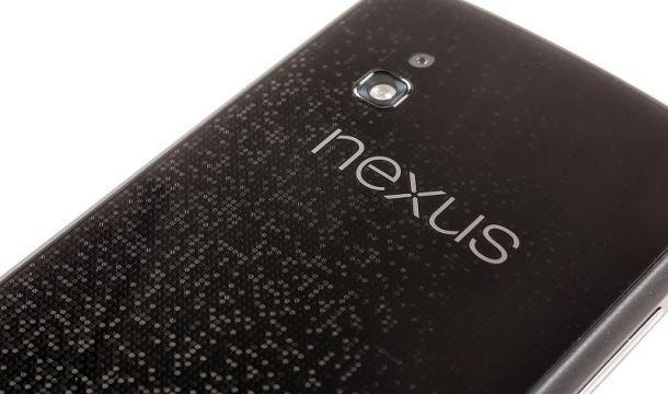 LG Nexus 4 - Back
