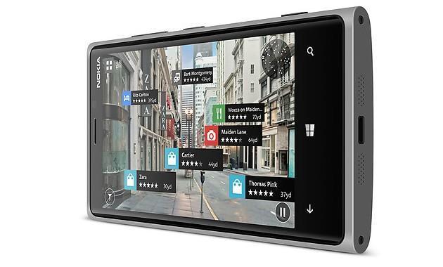 Nokia Lumia 920 - Side