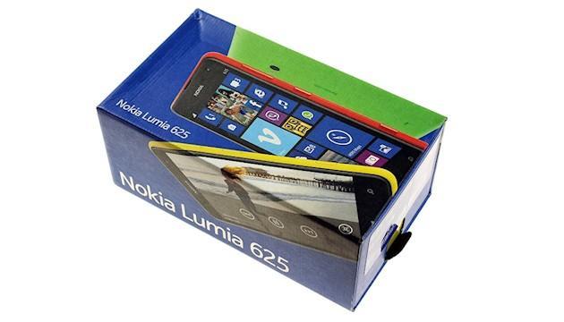 Nokia Lumia 625 - Box