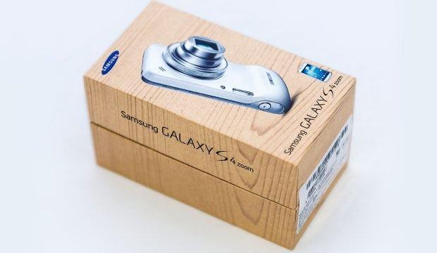 Samsung Galaxy S4 Zoom - Box