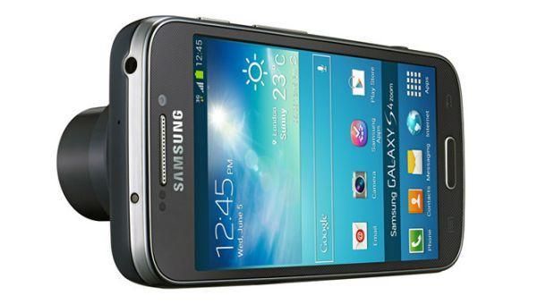 Samsung Galaxy S4 Zoom - Front