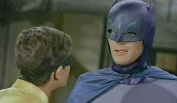 batman-66-smack-in-the-middle-03