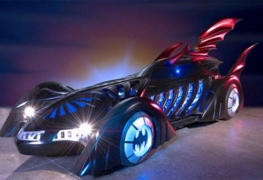 hr_gigers_batmobile_design_1-620x413