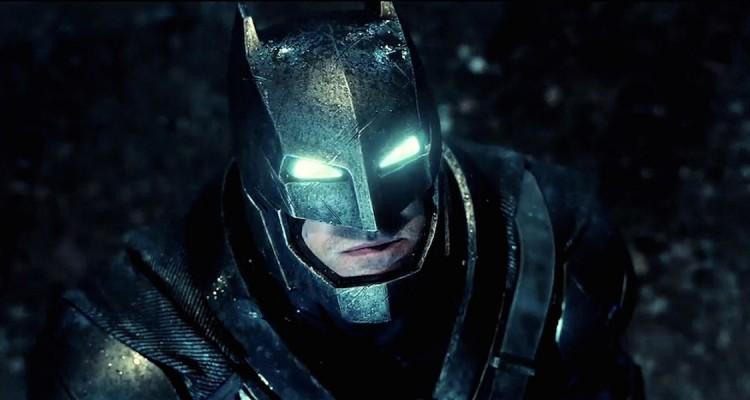 Batman-V-Superman-Batsuit-Dark-Knight-Trailer