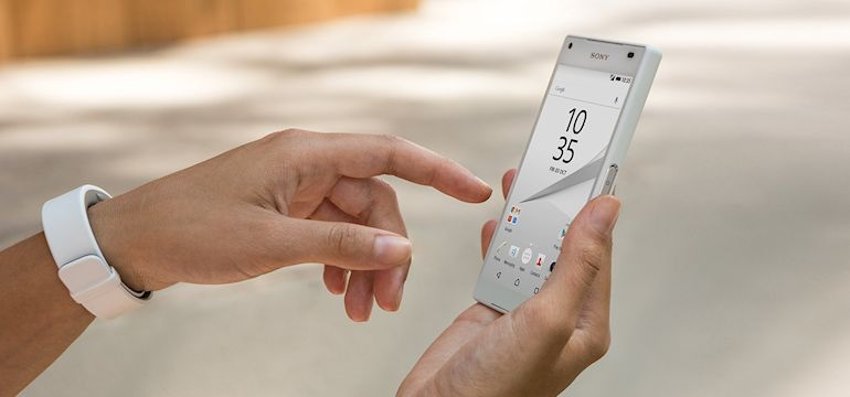 Sony Xperia Z5 Compact-03