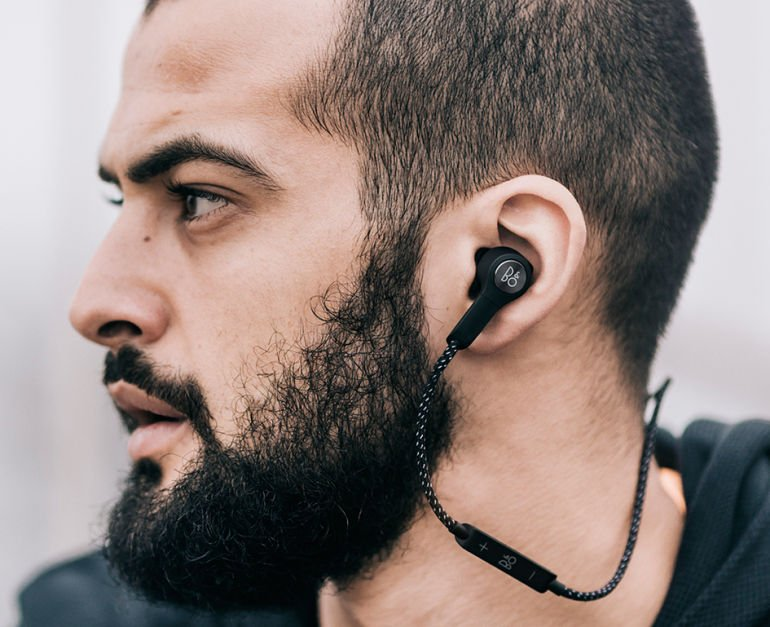 BeoPlay H5 - 05