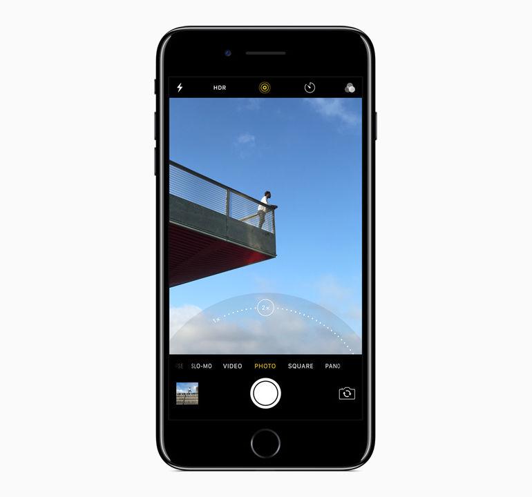 apple-announces-iphone-7-14