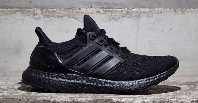 adidas-ultraboost-triple-black-01