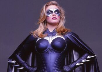 Alicia Silverstone Actually Wants To Play Batgirl Again