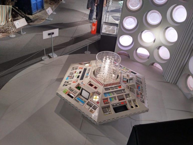 80s TARDIS