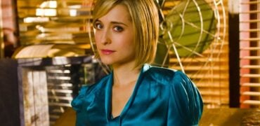 Somebody Save Me! Smallville Actress Allison Mack Is Accused Of Being A Leader Of A Sex Cult