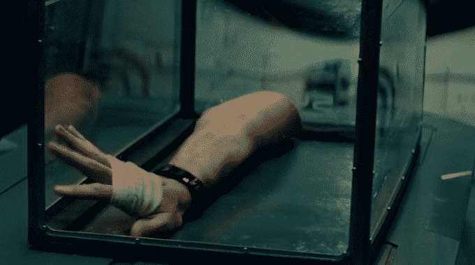 The Cloverfield Paradox Movie Review