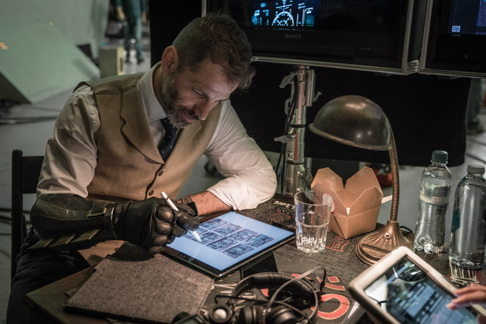 Zack Snyder Says His Farewell To Ben Affeck's Batman