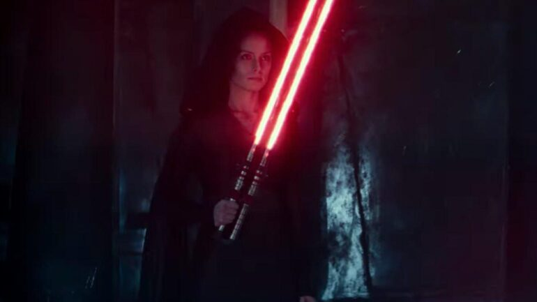 Rey Has A Double Lightsaber In Star Wars: Rise of Skywalker D23 Footage