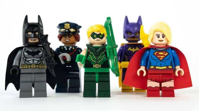 Classic DC Superheroes Finally Become LEGO Minifigures