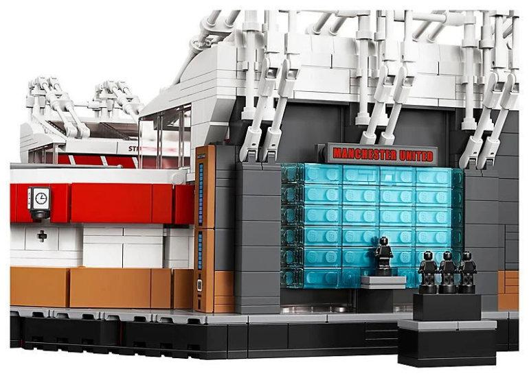 Image5 LEGO Creator Brings Old Trafford To Fans' Homes Toys / Figurines