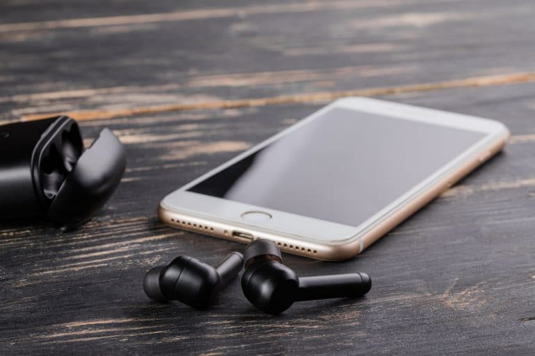 IMG 6050 ReduxBuds AI Earbuds with Massive 100-Hour Battery Life Available on Pre-Order Tech