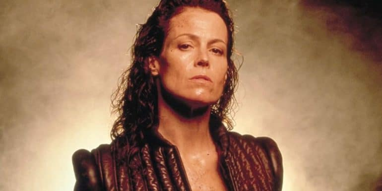 Sigourney Weaver 90s action star