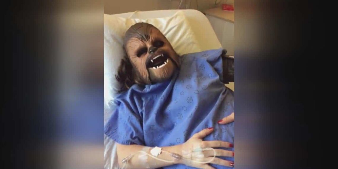 Woman Lost A Bet and Had To Wear Chewbacca Mask During Childbirth