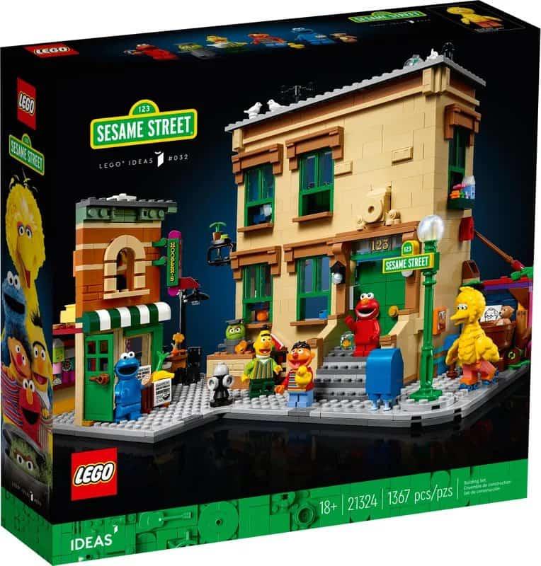 LEGO Releases First-Ever 123 Sesame Street Set