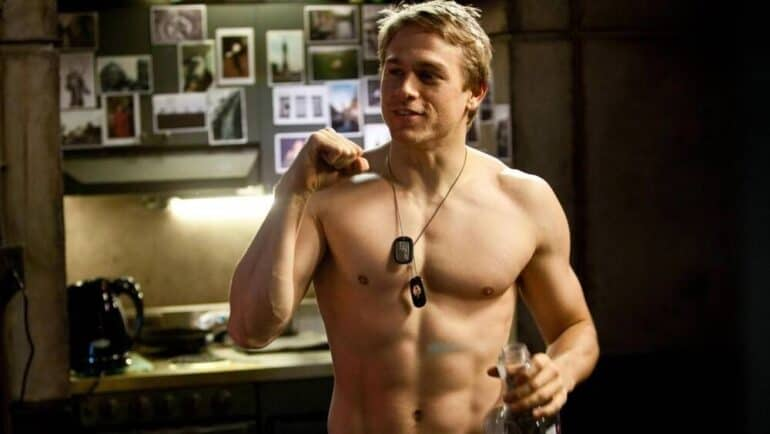 Mortal Kombat 2: Why Charlie Hunnam Would Be Perfect as Johnny Cage