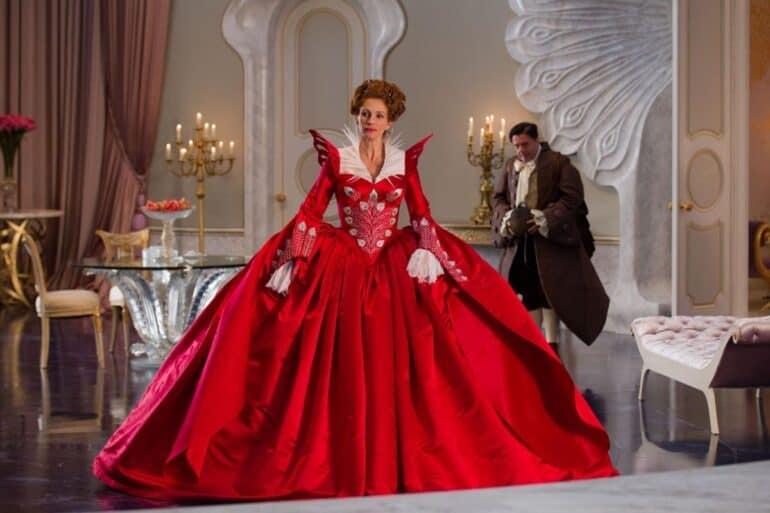 Julia Roberts as The Queen Great Actors Terrible Roles